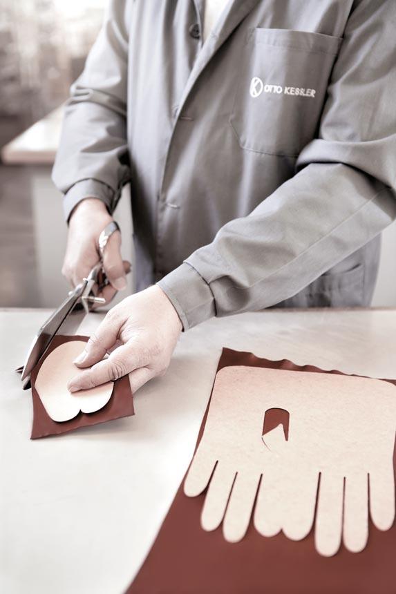 Lavorazione guanti